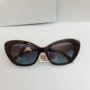 Tiffany & Co. Cat Eye New 4 Summer 19' Sunglasses